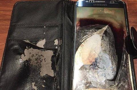 Frederic Rydje våknet opp til dette synet. Hans drøyt ett år gamle Samsung Galaxy S6 hadde tatt fyr innvendig i løpet av natta.