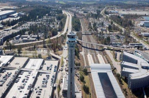 Politikerne har gitt klarsignal for videre planlegging av en tredje rullebane på Gardermoen.