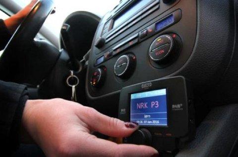 De fleste DAB-adaptere til bil som selges per i dag, har ikke funksjonalitet til å ta inn trafikkmeldinger.