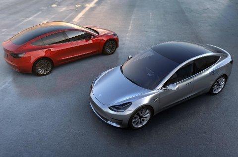De første Tesla Model 3 kommer på veien i løpet av sommeren. Dette kan bli den virkelige folke-Teslaen.