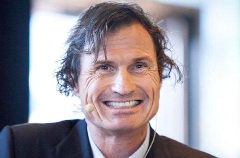 Petter Stordalen har ikke noe imot å ansette Nav-klienter med hull i CV-en.