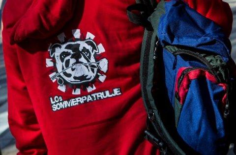 LOs sommerpatrulje har i over 30 år besøkt unge som har sommerjobb og sjekket om alt er i orden.