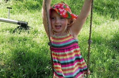 – Det ville vært fantastisk å se barn i fri lek på plen i barnehagene også, sier plenforsker Agnar Kvalbein fra Nibio.