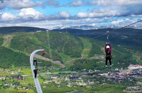 Jiiiiha! Den nye ziplinen på Geilo skal være den lengste i Nord-Europa, og byr på en flygetur på 1,1 kilometer.