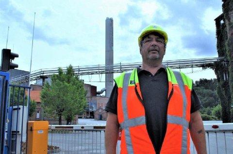 Paul Kristiansen, hovedtillitsvalgt ved Norske Skog Saugbrugs i Halden, mener regjeringen har kommet for sent på banen for å hjelpe det gjeldsrammede selskapet.