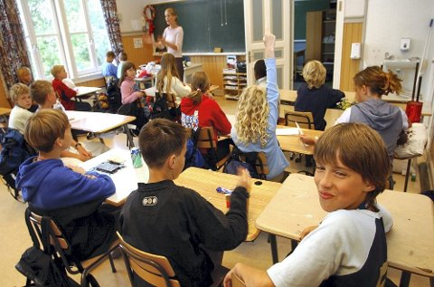 KrF frykter det vil bli større klasser i grunnskolen med Ap i regjering etter høstens valg.