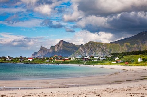Nylig kåret magasinet Reiselyst sine topp fem- strender i Norge, og på listen her finner vi stranden Unstad i Lofoten som en av de aller vakreste.