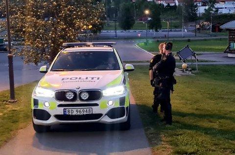 SØKTE: Politiet søkte onsdag etter gjerningsmannen uten å finne ham.