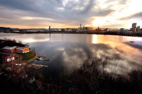 MILJØtrussel: Bunnen av Gunneklevfjorden skjuler miljøgifter. Blant annet finnes det her store mengder kvikksølv og kreftfremkallende klororganiske forbindelser.