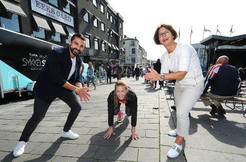 KLARE: Aziz Chaer, Mariann Deila Bryn og Kjersti Stordalen er alle klare for den sjuende utgaven av Skagerakløpet. Start og mål er ved Handelstorget i Skien sentrum.