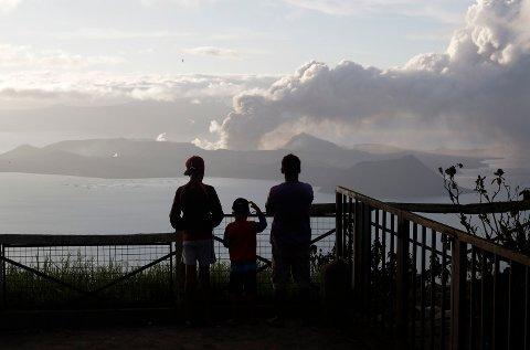 Flere vulkanutbrudd kan skje på Filippinene de neste timene eller dagene.