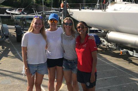 SPRER SEILGLEDE: Grunnleggerne av Vindskift Susanne Wexels (28), Hedda Anker Hvinden (34), Elisabeth Monrad Hansen (28) og Ida Patel Hellum (28) har vært aktive seilere og instruktører i mange år.