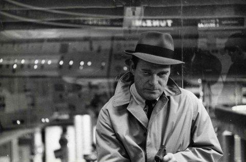 FRANSK NOIR: Lemmy Caution er helten i Jean-Luc Godards «Alphaville» fra 1964.