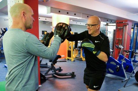 KLAR FOR KAMP: Boksekonferansier Kenneth Hartmann Dahl har lagt om livsstilen og trener hver dag.