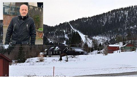 UTSATT: For tredje gang blir norgescup og junior-NM  i Steinfjellbakken utsatt: – Vi synes selvfølgelig det er tamt å skulle holde igjen aktivitet, men vi må følge de nasjonale føringene, sier Kultursjef i Steinkjer Leif Terje Nilsen.