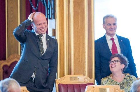 UTFORDRER: Partileder Trygve Slagsvold Vedum har sagt ja til å utfordre Jonas Gahr Støre om å bli statsminister på rødgrønn side etter valget. Det bekrefter Vedum selv og partiledelsen.