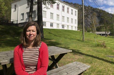 Museumsdirektøren: Lise Lotte Fogh Johansson er ny kulturrådgiver i Åmli kommune. Hun har også ansvaret for Elvarheim museum. Foto: Siri Fossing