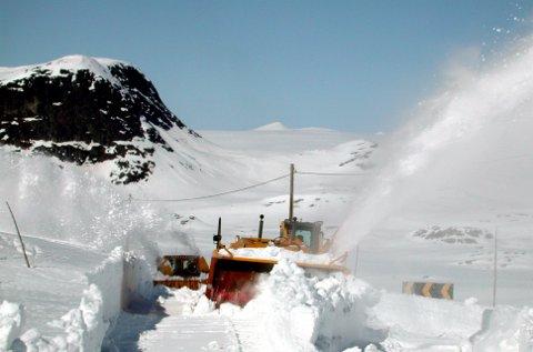 Unntak: Det skal brøytast Garli - Båtskaret i vinter (biletet er frå åra då Valdresflyvegen vart brøytt frå nord).