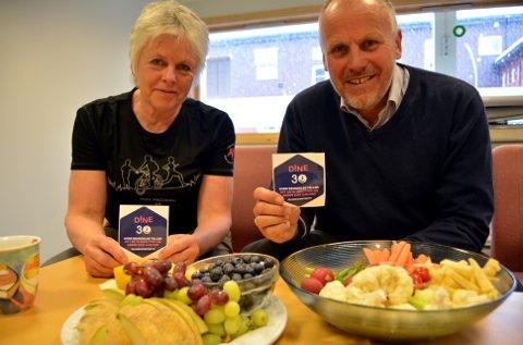 Fysioterapeut i Vestre Slidre, Bente Brenna, og ordføraren Eivind Brenna oppmodar til meir mosjon og sunnare kosthald.