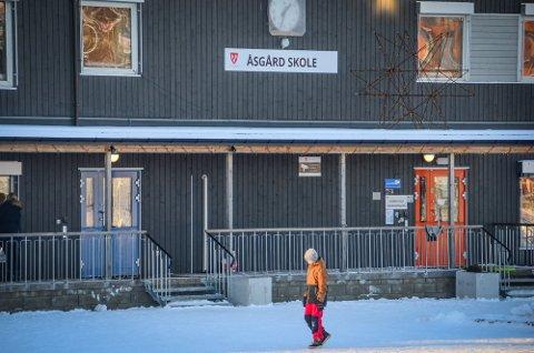 Åsgård skole i Ås stenger dørene torsdag.