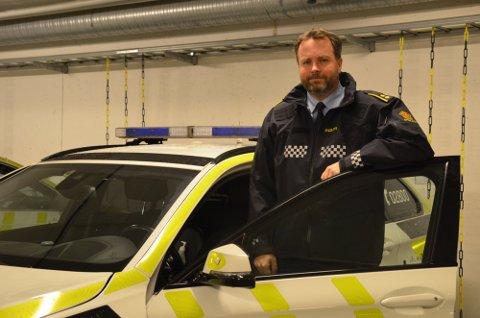 Marius Gunnerud i politiet forteller at de skal følge ekstra med i høytiden.