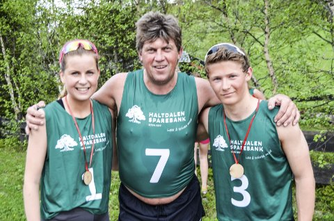 IMPONERTE: F.v. Ingeborg Nordaune, Jan Nyrønning og Magnus Fjerdingen Moan syntes motbakkeløpet var kjempegod trening. Alle foto: Ole Annar Krogh
