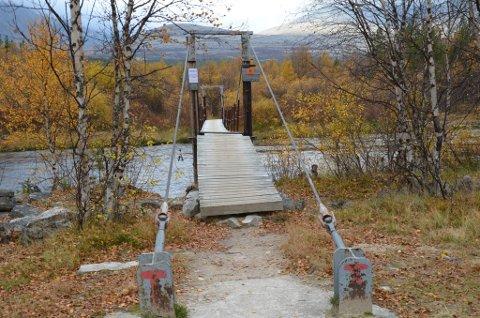 INN TIL RONDANE: Brua ved Straumbu fører inn til Rondane. DNT Oslo og Omegn ville bygge ny bru.