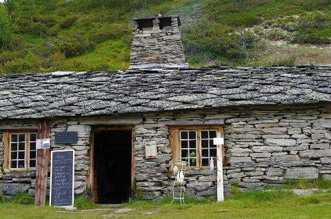SETERMEIERI: Rausjødalen setermeieri har besøk av et sted mellom 900 og 1400 personer hver sommer, opplyser eier Arve Bjørnstad.