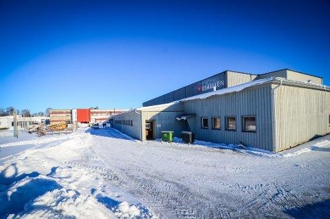 FÅR HALLNABO: En ny flerbrukshall kan bli bygget ved siden av Åshallen.