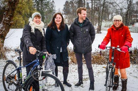 VIL HA FLERE VINTERSYKLISTER: Siri Gilbert (Ås kommune), Lena Marie Kjøbli (NMBU), Audun Randen Johnson  (Naturvernforbundet) og Molly Solsvik (Syklistenes landsforbund)arrangerte vintersykkelfest i Ås.