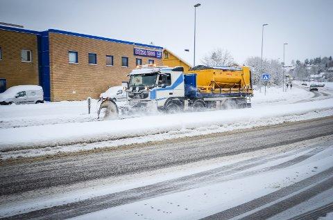 Brøytebil i Ås.