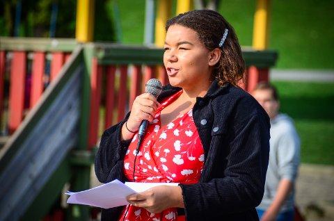 ANTIRASISTISK SONE: Emilie Efe Åm (Ap) foreslo at Ås kommune skal være en antirasistisk sone, som ble enstemmig vedtatt av kommuenstyret.