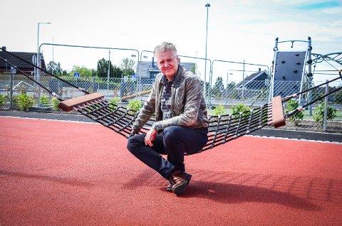 VIL HOLDE PÅ MILJØAMBISJONENE: Dag Nestegard (SV) mener miljøambisjonene for Åsgård skole ikke går på bekostning av fremdriften, så fremt kommunen jobber parallelt med begge sakene.