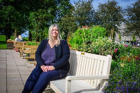 MELDER SEG UT: Hilde Kristin Marås har representert Høyre i kommunestyret i en årrekke. Nå melder hun seg ut av partiet.