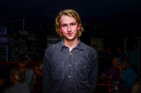 Alexander Nilsson, Rødt