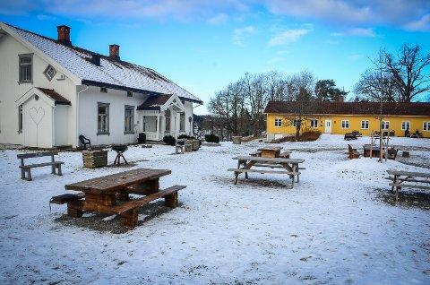 OVERNATTING: DNT vil bygge et nytt bygg langs østsiden av tunet på Breivoll gård, som skal huse overnattingsplasser, garderober og dusjer. Deler av bygget skal bestå av gamle gårdsbygg fra Gausdal.