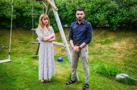 ØNSKER SKOLEBYTTE: Ida Mehrizadeh og  Aram Ariai på Danskerud ønsker at datteren Nora (5) skal få begynne på samme skole til høsten som vennene sine fra barnehagen, men Ås kommune sier nei.