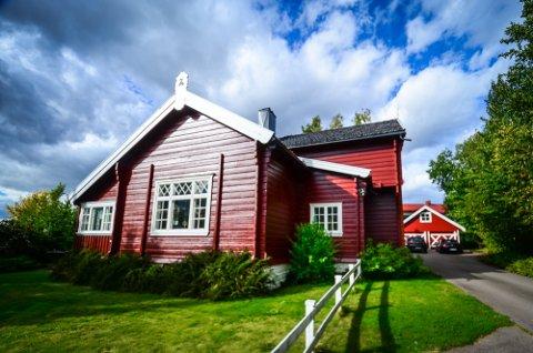 Solfallsveien 20 B (Gnr 55, bnr 23) er solgt for kr 10.500.000 fra Stig Henning Paulshus til Kai Fjelstad og Lise Ragnhild Grønvold Larsen (07.05.2021)