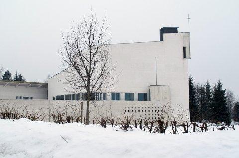 VARDÅSEN: I Vardåsen kirke er det gudstjenester på julaften klokken 14.00 og 16.00.FOTO: THEA HOPE