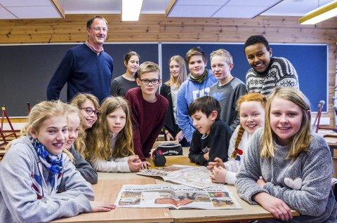 Taktikken til 7. klasse ved Fiane skole er klar – alle må gjøre en innsats og bidre til laget.  Både elever og kontaktlærer Thomas Christensen har troen på at seieren kan bringes hjem til Gjerstad.