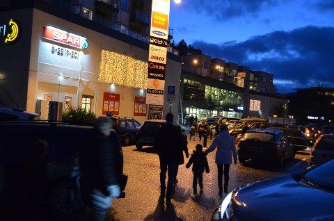 Kjøpesenter som Amfi i Flekkefjord kan også i år forvente at folk legger igjen mye penger resten av året.