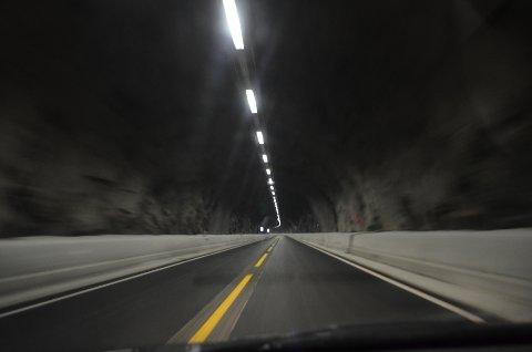 Tre tunneler vest for Flekkefjord stenges fra onsdag kveld til og med torsdag morgen.