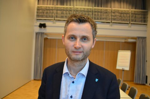KVINESDAL: Ordfører Per Sverre Kvinlaug (KrF).