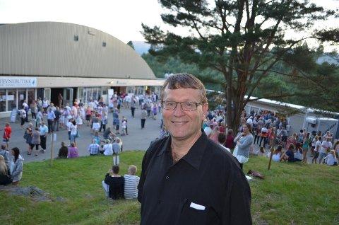 FORNYELSE: Stevnesjef Sten Sørensen ser for seg at en fornyet hall skal kunne være på plass til sommerstevnet 2018.