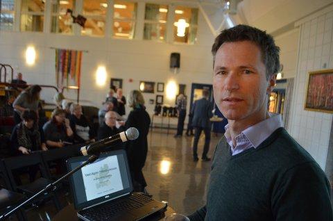 NETTOPP STARTET: Fylkesdirektør Arly Hauge for utdanning i Agder viser til at arbeidet med ny skolebruksplan nylig har startet.