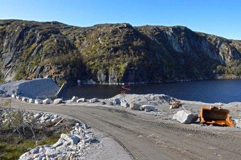 FULLFØRT: Dammen er snart ferdigstilt.