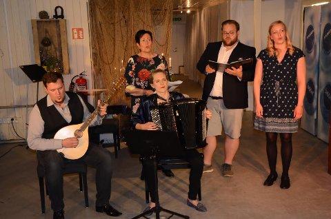Maria, Aleksender og Rita Norh trollbandt publikum med nydelig musikk sammen med Ida Løvli Hidle og Karstein Fossmo.