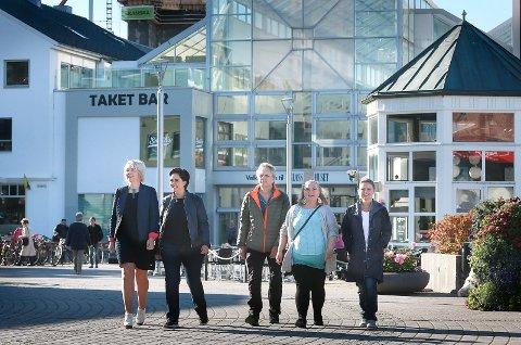 Jan Andersen, Anita Pettersen, Hilde Kolberg, Ruth Jensaas Stoum, Julie Klausen. Alle har fått stamcellebehandling i utlandet. Etterlyser behandling og etterbehandling i Norge.