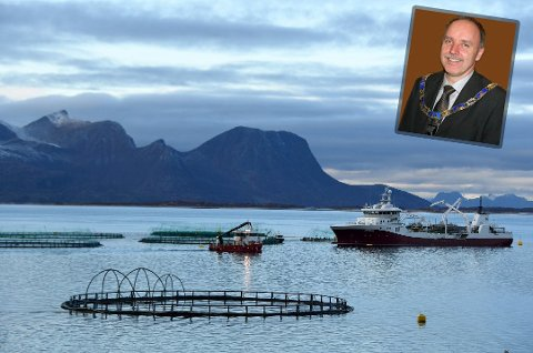 Vil redde Nord-Norge: - Vi er nødt til å gjøre noe, sier Sture Pedersen. Vesterålen-ordføreren mener drastiske endringer i skatt- og avgiftsystemet kan redde befolkningsutviklingen.