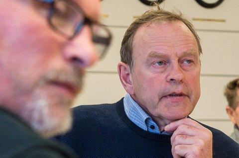 Petter Jørgen Pedersen (GL) fikk posisjonen med på å utsette salget av Storvik skole til våren, etter at plan- og eiendomsutvalget har arrangert folkemøte om utviklingen i Storvikbukta.
